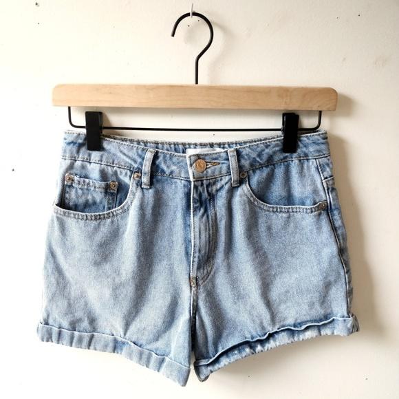 mom jean shorts forever 21